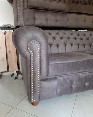 Chesterfield sofa 6seater brand new image 2