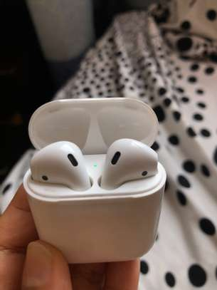 Apple AirPods first gen (item trade accepted) image 1
