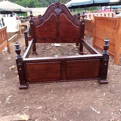 5*6 mahogany bed