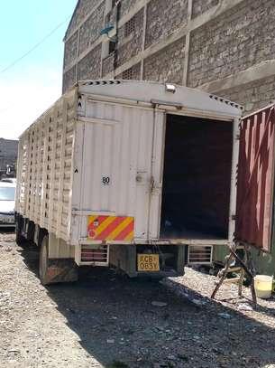 Ten tonnes Hino truck box cover body image 2