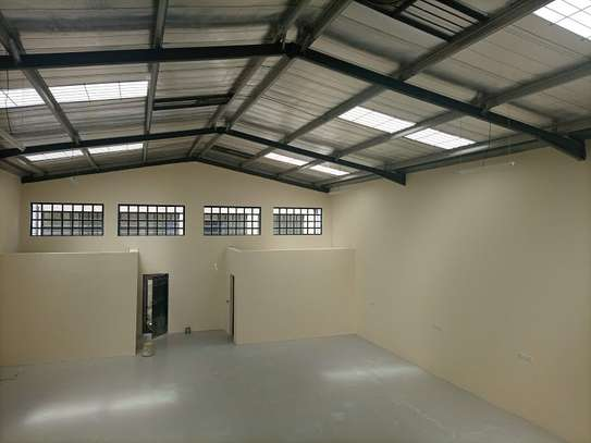 3000 ft² warehouse for rent in Mlolongo image 10
