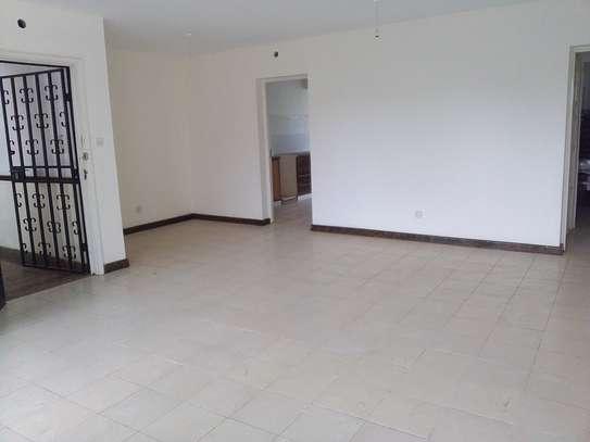 2 bedroom apartment for rent in Rhapta Road image 8