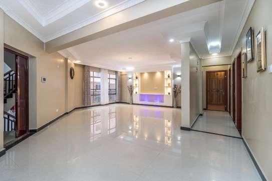 Furnished 4 bedroom apartment for rent in Kilimani image 2