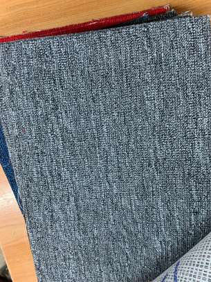 Wall to wall carpets - new image 4