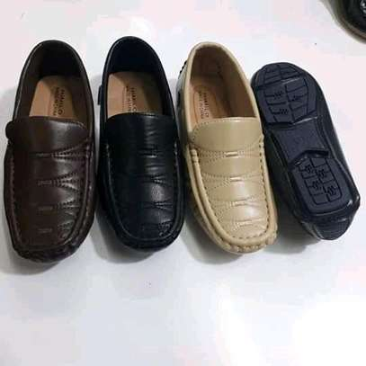 Kids lowfas/shoes image 2