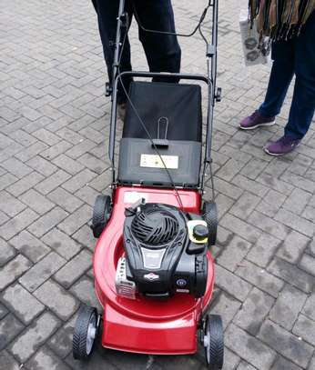 Brand new 4hp lawn mower. image 2