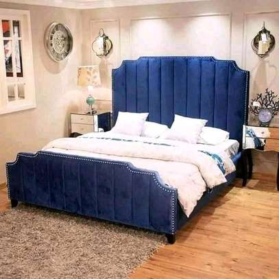 5x6 modern bed image 1