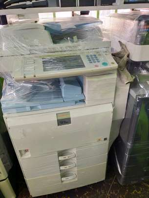 Reliable ricoh aficio mpc2800 colored photocopier image 1