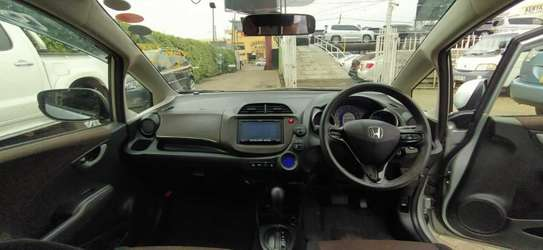 Honda Fit Shuttle image 3