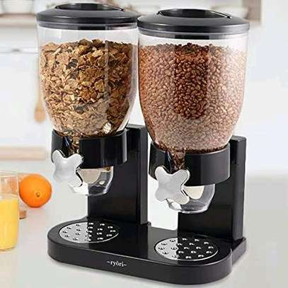 Round double cereal dispenser image 1