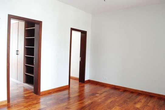 5 bedroom villa for rent in Lavington image 2