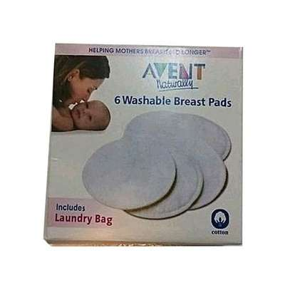 Philips Avent 6 Washable/ Reusable Breast Pads Includes Laundry Bag