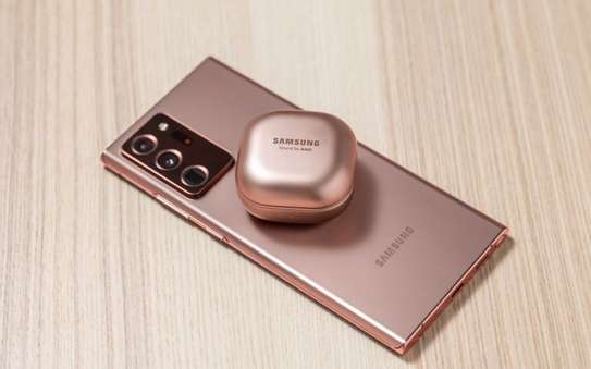 Samsung Galaxy Buds Live True Wireless Earbuds image 3