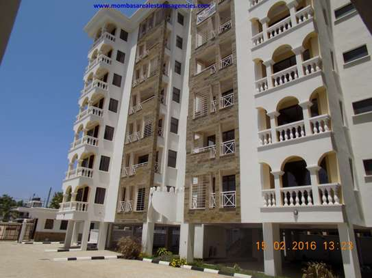 NYALI SEA VIEW 3 BEDROOM APARTMENT FOR SALE
