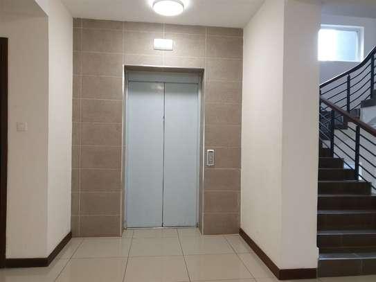 General Mathenge - Flat & Apartment