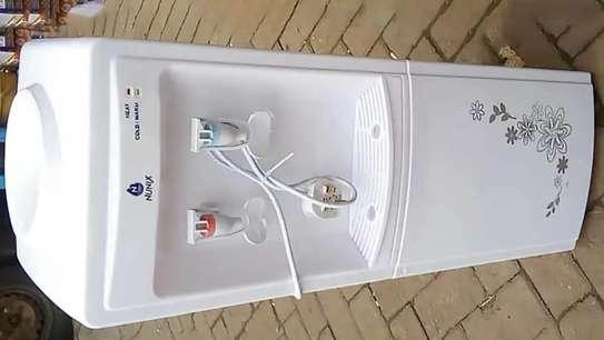 water dispenser Nunix image 1