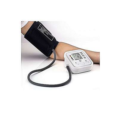 Digital Arm Blood Pressure Upper Arm Fully Automatic Monitor Heart Beat Meter image 4