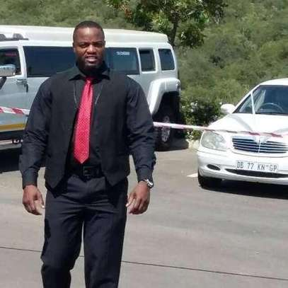 Highly Trained & Vetted Professionals/Private Chauffeurs & Bodyguards image 2
