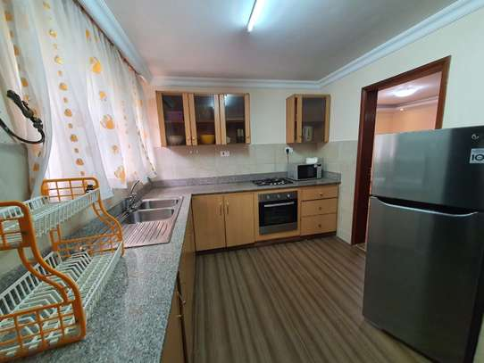 Furnished 3 bedroom house for rent in Rosslyn image 10