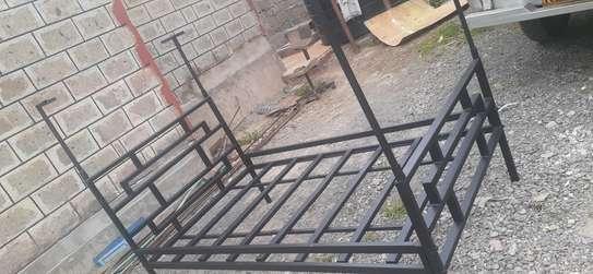 Metal bed image 3