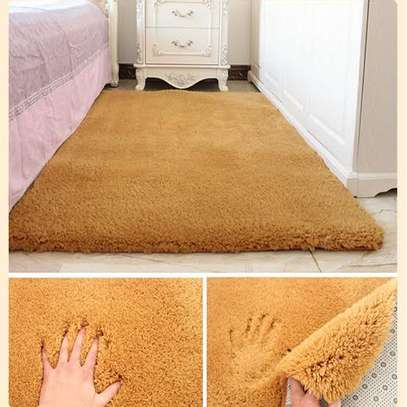 High quality, soft fluffy carpets image 10