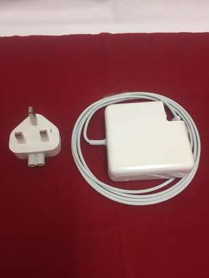 60 W MagSafe Power Adapter 1 image 4