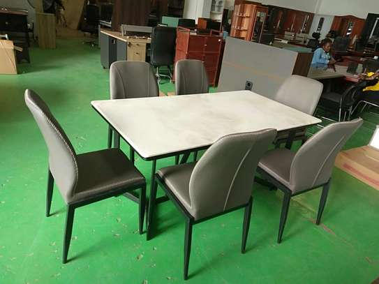 6seater marble topdining table