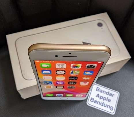 Iphone 8 *256gb* image 4
