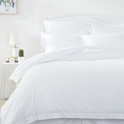 6*6 Plain white Duvet with 1 Bedsheet and 2 pillow cases image 1