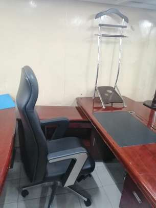 Executive office desk image 7