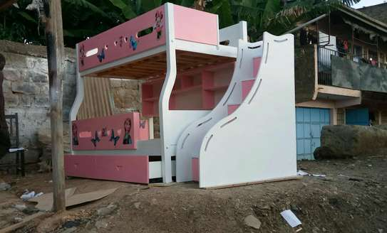 Kids Bunkbed with storage stairs image 1