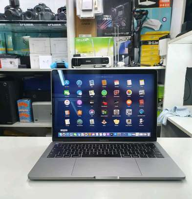 Macbook Pro 2018/ Core i5/512gb ssd image 1