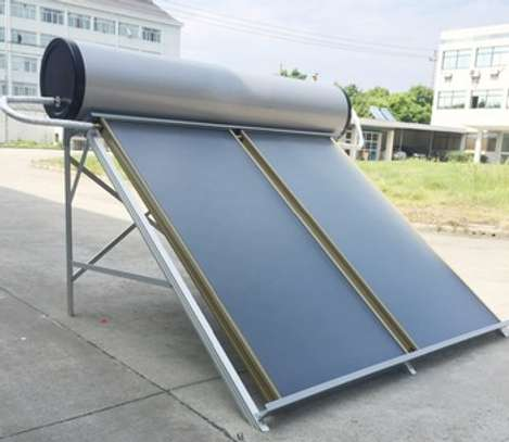 300 litres Solar water heater image 2