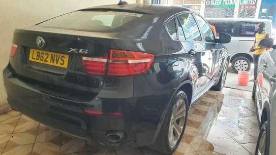 BMW X6 image 4
