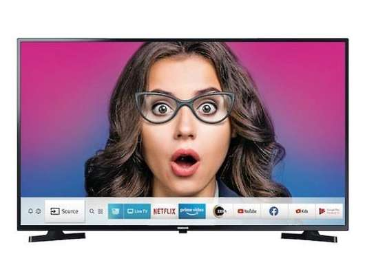 New Samsung 40 inch Digital Smart TVs 40T5300 image 1