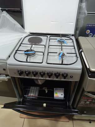 Ramtons standing cooker 3 gas + 1 electric 60x60 cm  electric oven image 1