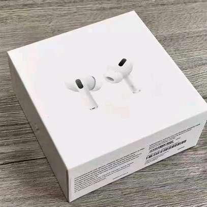 Aipod Pro , headset image 1