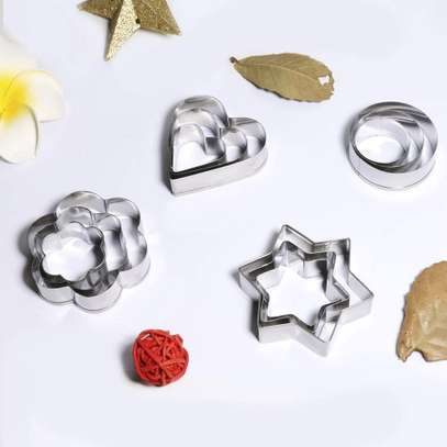 12 Pc Cookie Pastry Fruit Cutters Cutter Set image 4