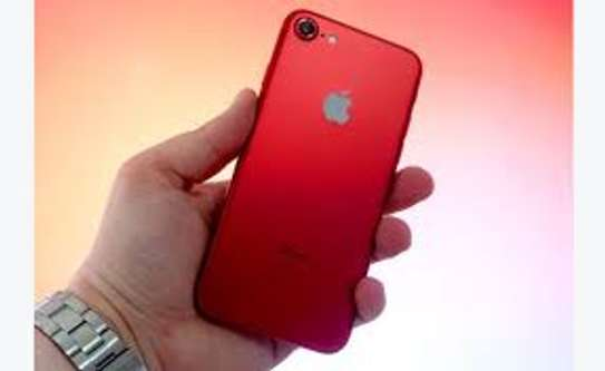 IPHONE 7 128 GB RED EDITION image 2