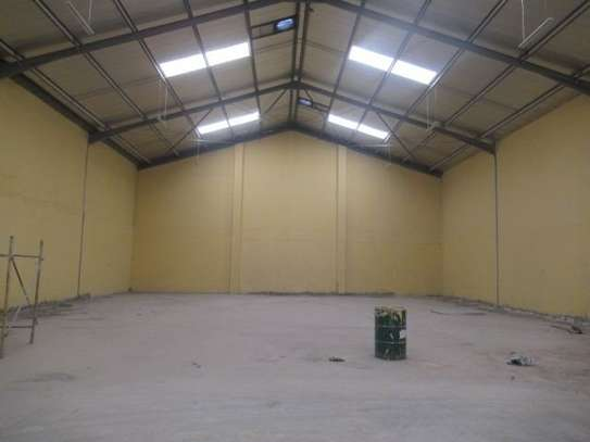 650 m² warehouse for rent in Athi River Area image 13
