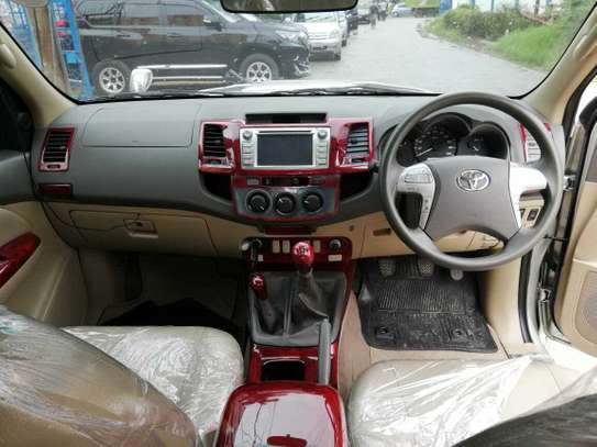 Toyota Hilux image 9