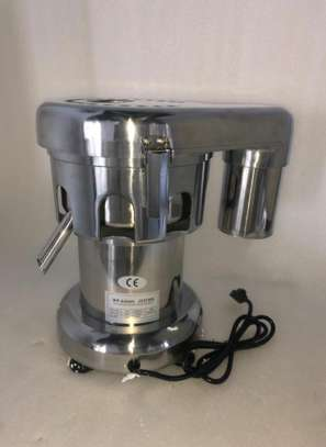 Commercial Electric Juicer Extractor machine image 1