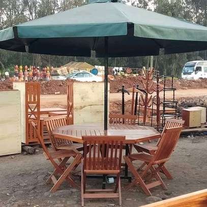 6seater garden table with umbrella image 1
