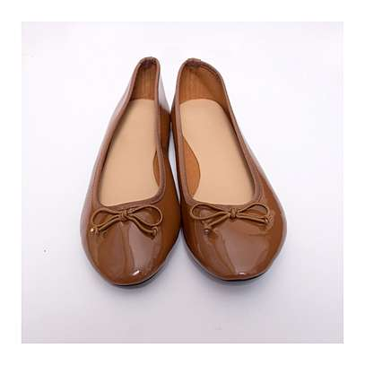 Wet Look Brown Round Captoe Doll Shoes with Front Bow Ti image 1