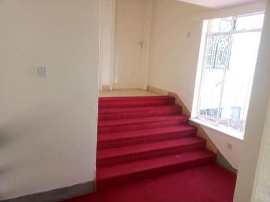 6 bedroom to let in kileleshwa image 11