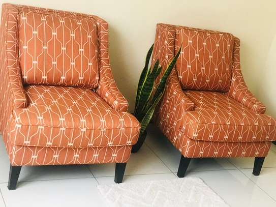 Beautiful accent chairs image 3