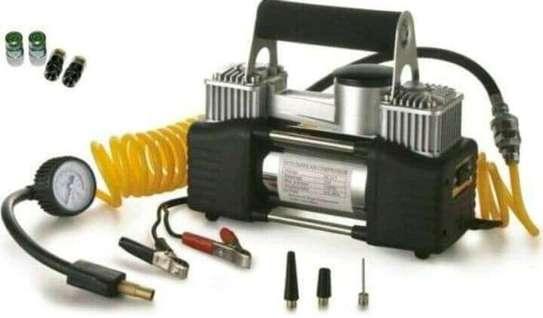 Tyre inflator/compressor image 2