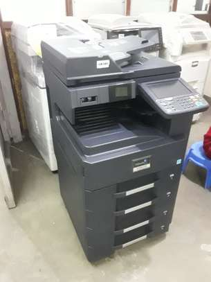 KYOCERA 3510i HIGH VOLUME B/W PHOTOCOPIER/PRINTER AND SCANNER UP-TO A-3 SIZE