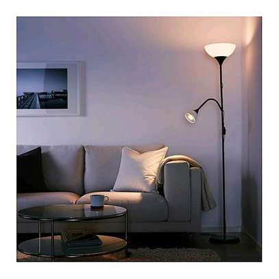 Floor uplighter/reading lamp