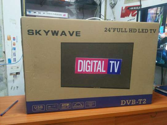 24 SKYWAVE DIGITAL TV